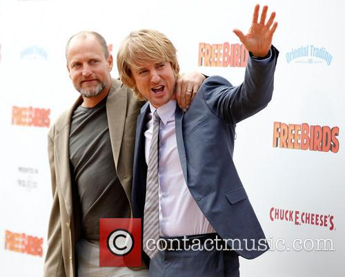 Woody Harrelson and Owen Wilson 15
