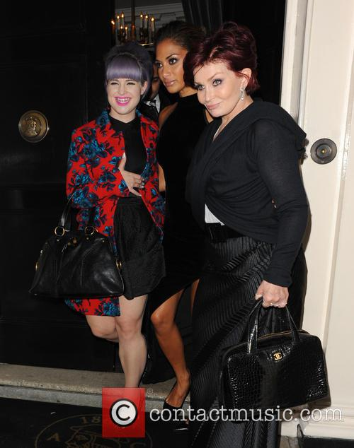 Nicole Scherzinger, Kelly Osbourne and Sharon Osbourne 8