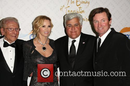 Alfred E. Mann, Janet Gretzky, Jay Leno and Wayne Gretzky 3