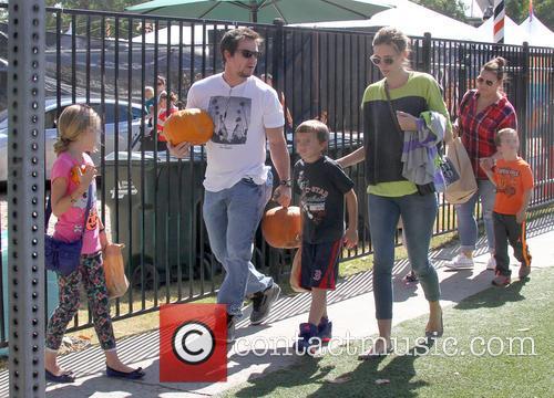 Mark Wahlberg, Rhea Durham, Ella Rae Wahlberg, Grace Margaret Wahlberg, Michael Robert Wahlberg and Brendan Joseph Wahlberg 2