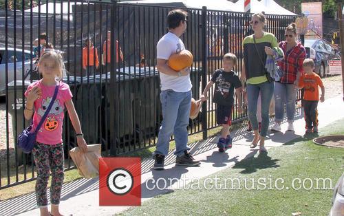 Mark Wahlberg, Rhea Durham, Ella Rae Wahlberg, Grace Margaret Wahlberg, Michael Robert Wahlberg and Brendan Joseph Wahlberg 3