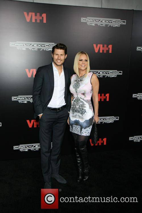 Jason Dundas and Carrie Keagan 5