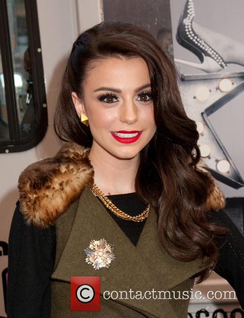 Cher Lloyd Distributes Free Ice Cream