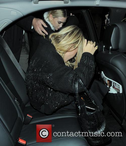 Mary-Kate Olsen and Ashley Olsen 14