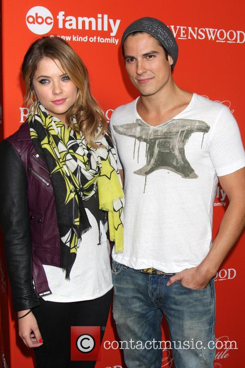 Ashley Benson and Sean Faris 4