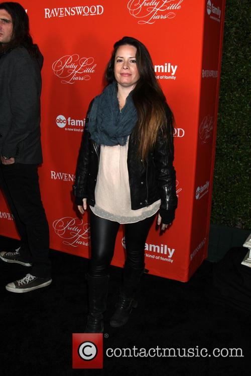 Holly Marie Combs 5