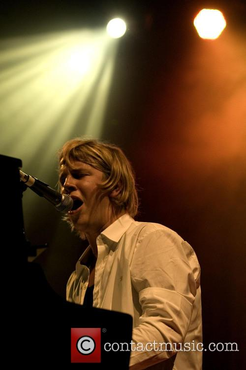 tom odell tom odell headlining at the 3909305