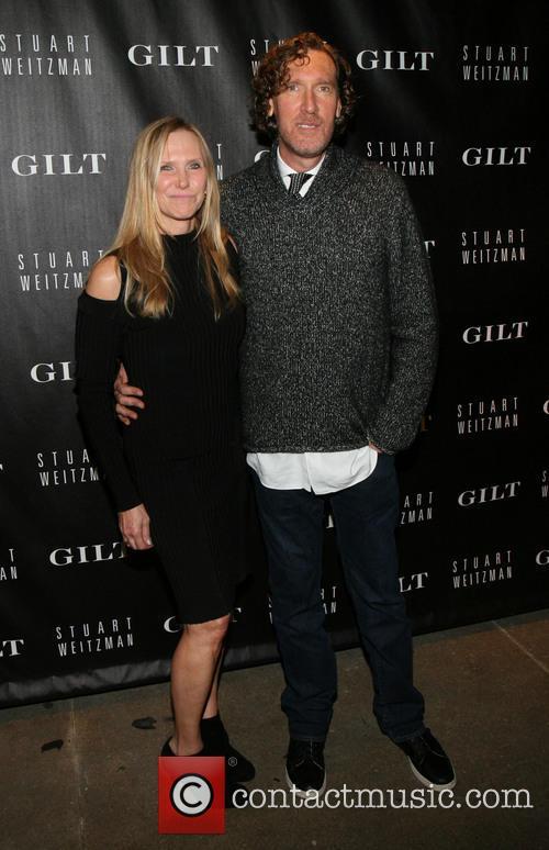 Stuart Weitzman & Gilt digital pop-up shop launch