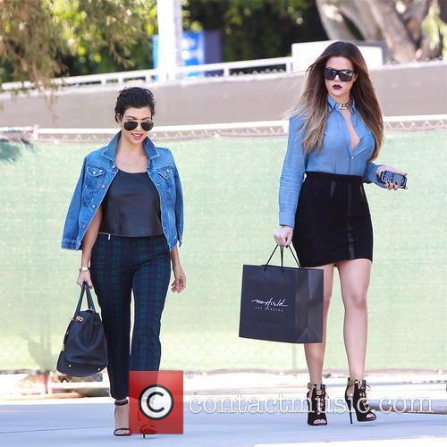 Kourtney Kardashian and Khloe Kardashian 14