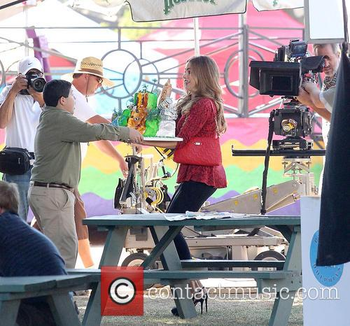 sofia vergara modern family filming 3911417