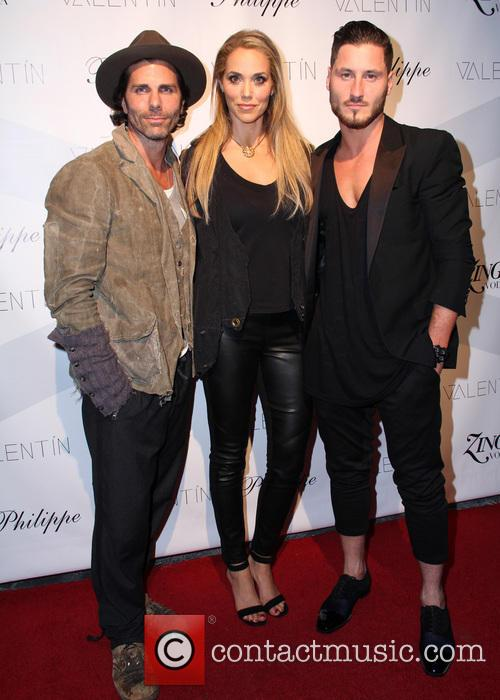 Greg Lauren and Elizabeth Berkley 1