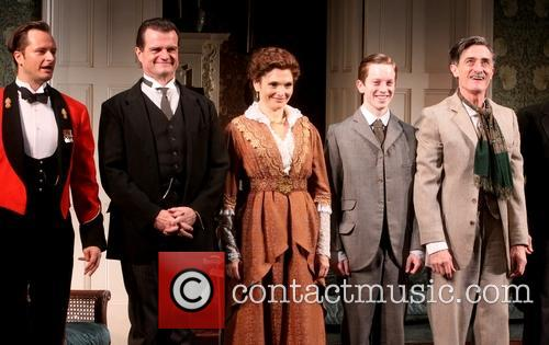Mary Elizabeth Mastrantonio, Michael Cumpsty, Chandler Williams, Spencer Davis Milford and Roger Rees 1