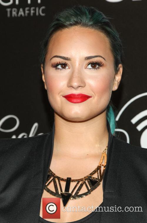 Demi Lovato, Beverly Hilton Hotel