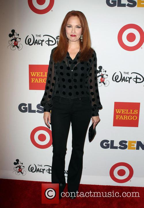 Amy Yasbeck 7
