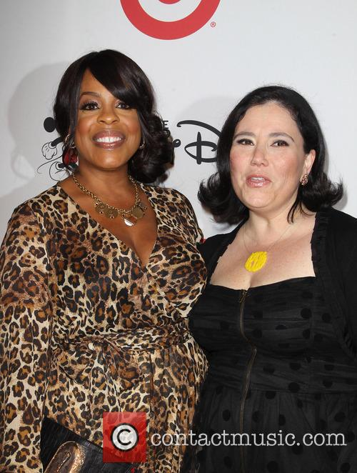Niecy Nash and Alex Borstein 1