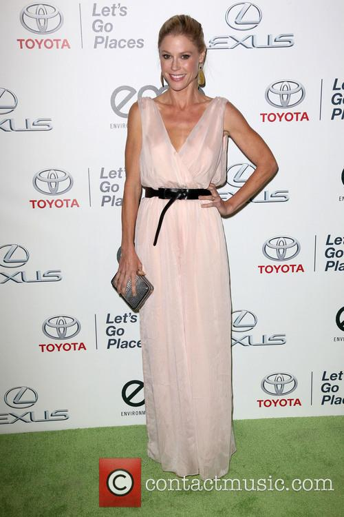 Julie Bowen, Warner Bros. Studios