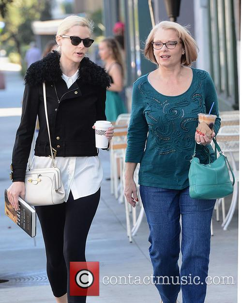 Jaime King and Her Mom Get Coffee at...