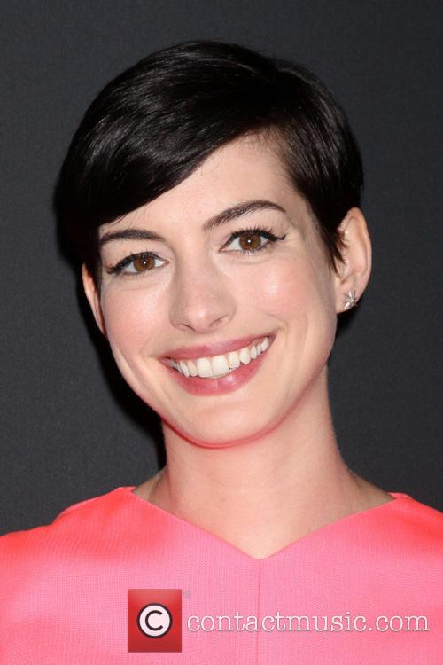 anne hathaway pink party 2013 3915061