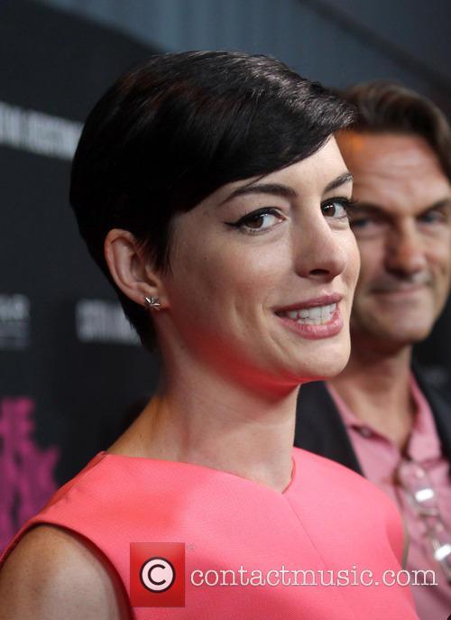 Anne Hathaway 24