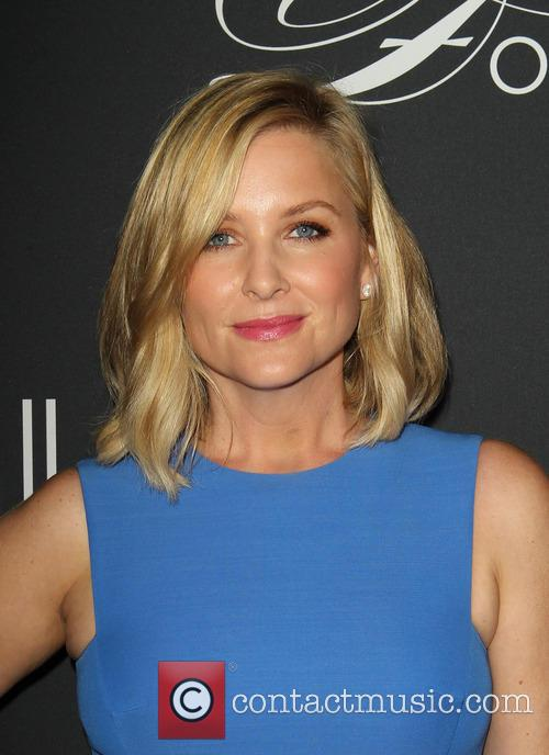 jessica capshaw elyse walker presents the pink 3914093