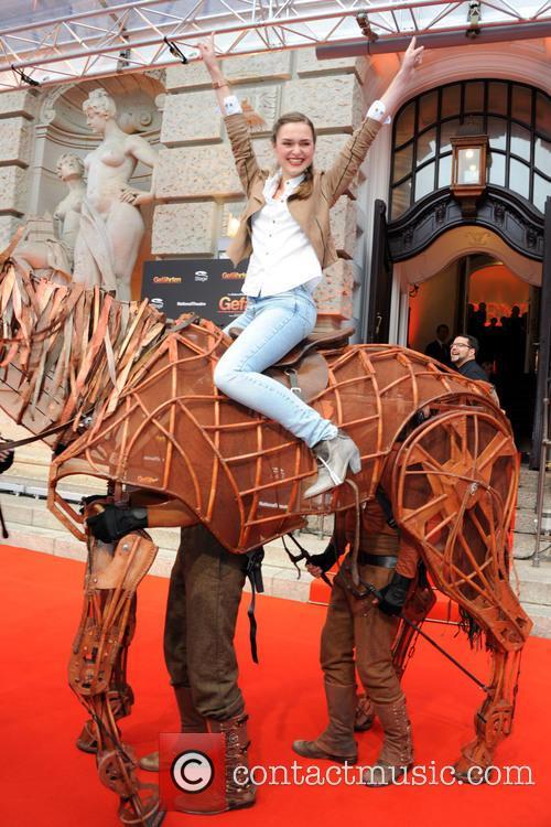 WAR HORSE - DIE GEFAEHRTEN MUSICAL PREMIERE