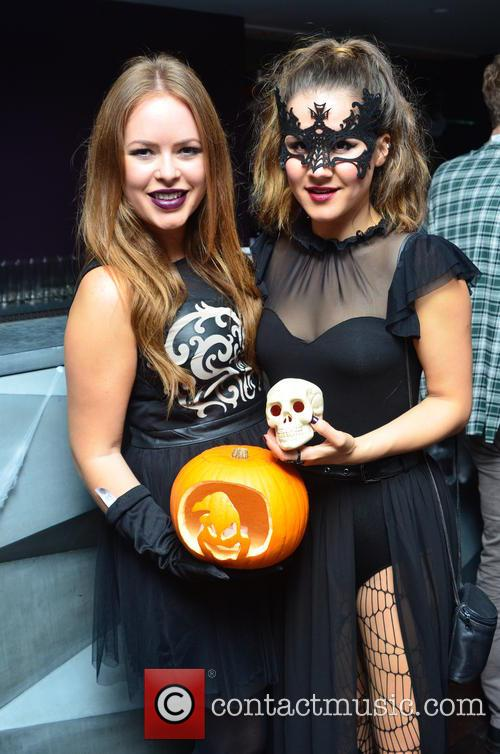 Tanya Burr and tylit/blogger) 3