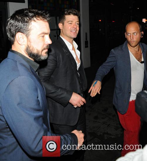 Robin Thicke and Guest 6