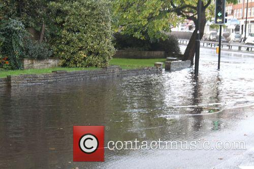 Wet Weather Photos North Circular Road Highgate 2