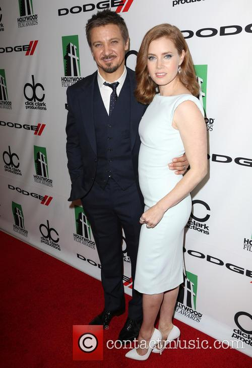 Jeremy Renner and Amy Adams 3