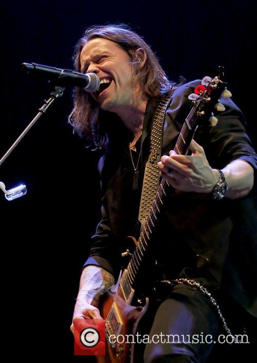 Alter Bridge and Myles Kennedy 11