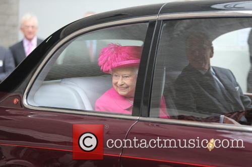 Hrh The Queen 1