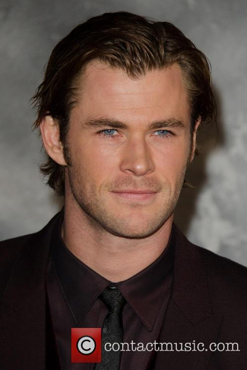 Chris Hemsworth 8