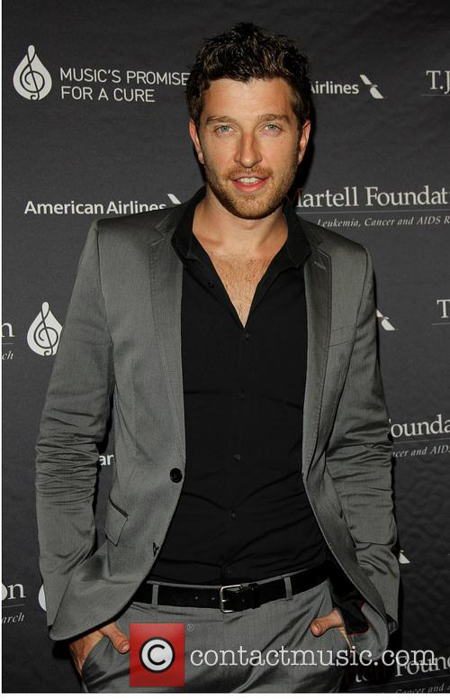 Brett Eldredge at TJ Martell Foundation's 2013 Gala
