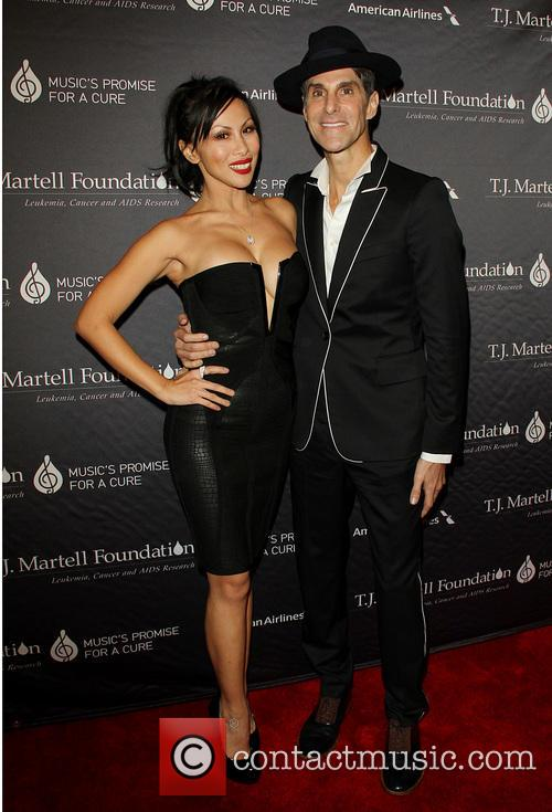 Etty Farrell and Perry Farrell 4
