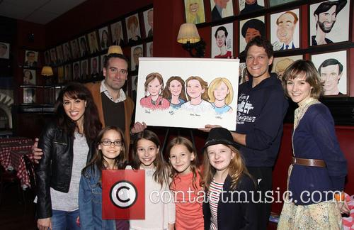 Lesli Margherita, Chris Hoch, Oona Laurence, Bailey Ryon, Sophie Gennusa, Milly Shapiro and Jill Paice 3