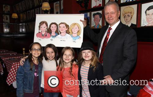 Oona Laurence, Bailey Ryon, Sophie Gennusa, Milly Shapiro and Max Klimavicius 6