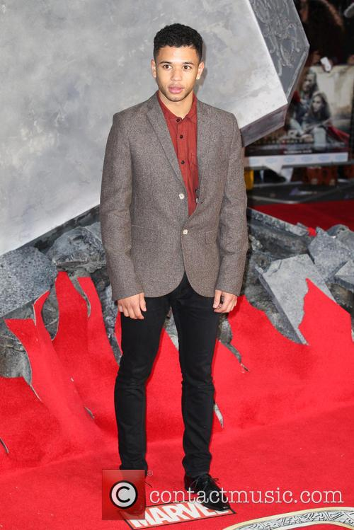 calvin demba world premiere of thor the 3919074