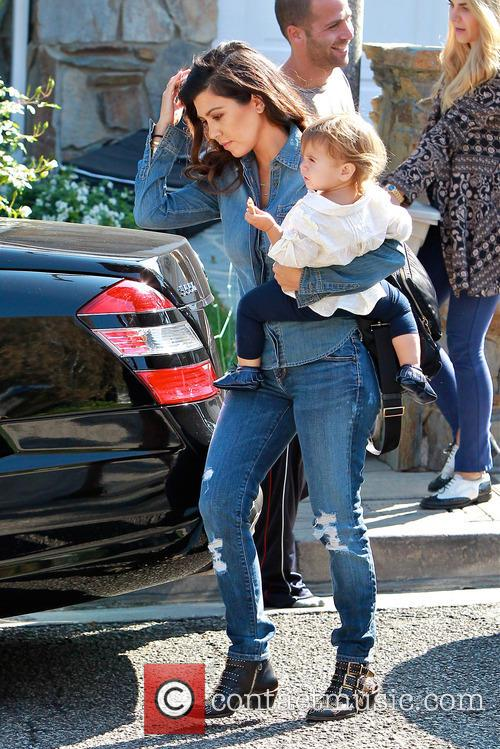 Kourtney Kardashian and Penelope Disick 4