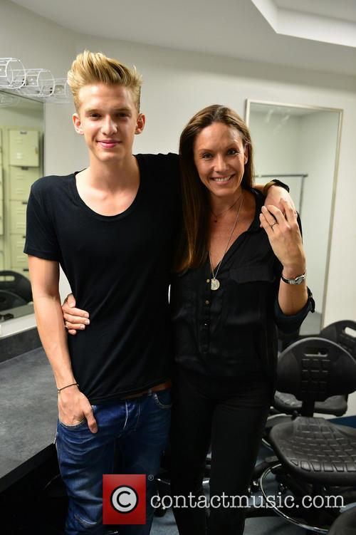 Cody Simpson and and mother Angie Simpson 2
