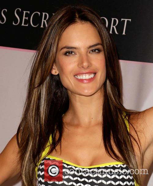 Alessandra Ambrosio 43