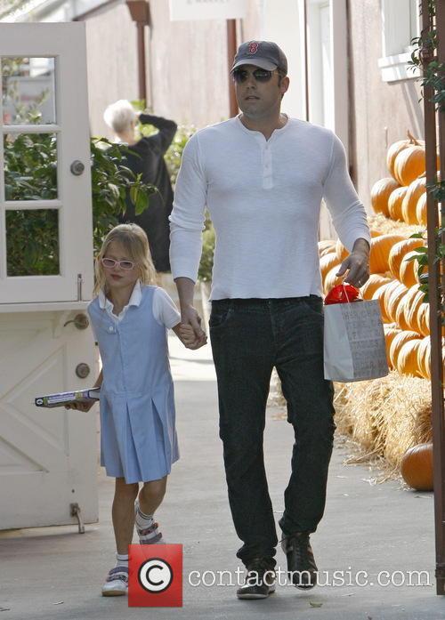 Ben Affleck and Violet Affleck 7