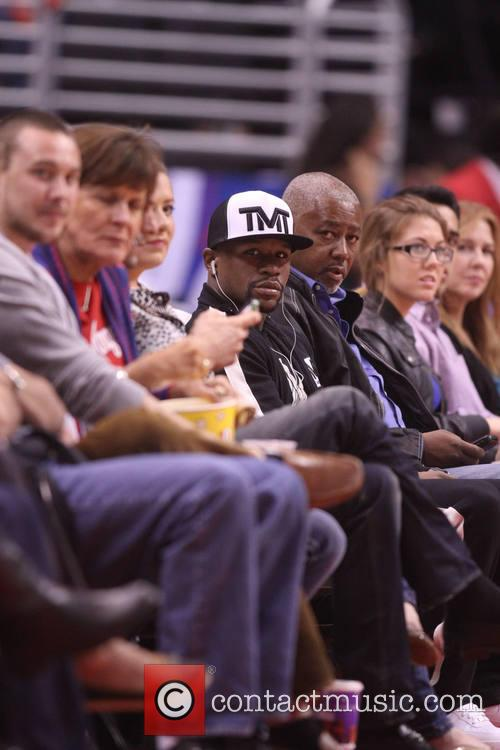 Celebs at Clippers game