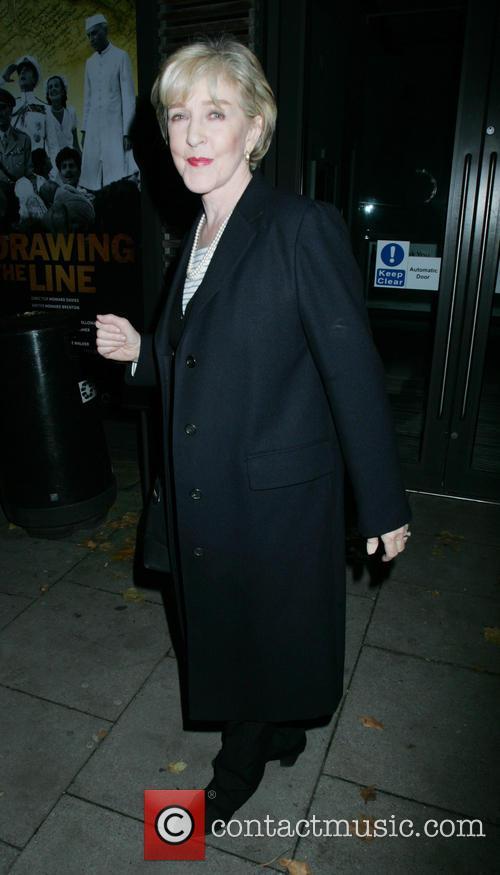 Patricia Hodge 3