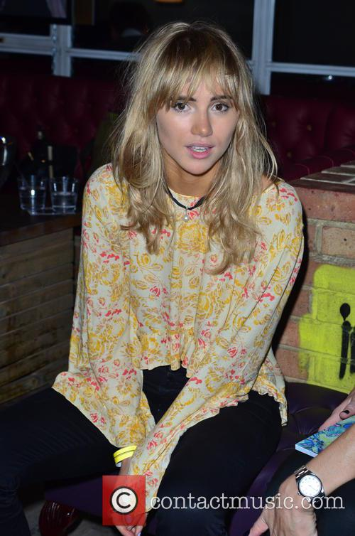 Suki Waterhouse 13