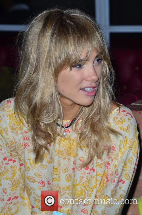 Suki Waterhouse 38