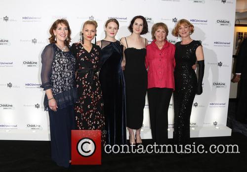 Penelope Wilton, Phyllis Logan, Myanna Burring, Cara Theobold, Michelle Dockery and Samantha Bond 2