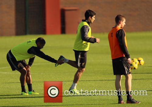 Luis Suarez and Glen Johnson 3