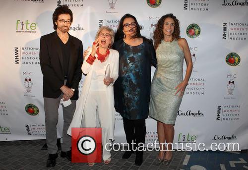 George Chakiris, Rita Moreno, Rosie O'donnell and Melina Kanakaredes 4