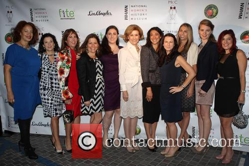 Fran Drescher, Hillary Bibicoff, Joan Wages, Guests and Rita Moreno 1