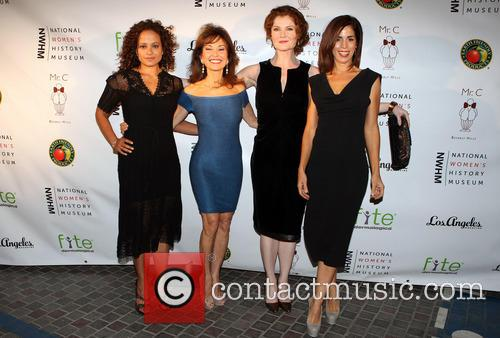 Judy Reyes, Susan Lucci, Rebecca Wisocky and Ana Ortiz 4